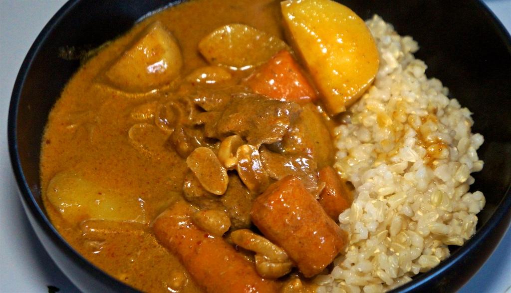 Apr 7: Chicken wraps; Beef Massaman Curry