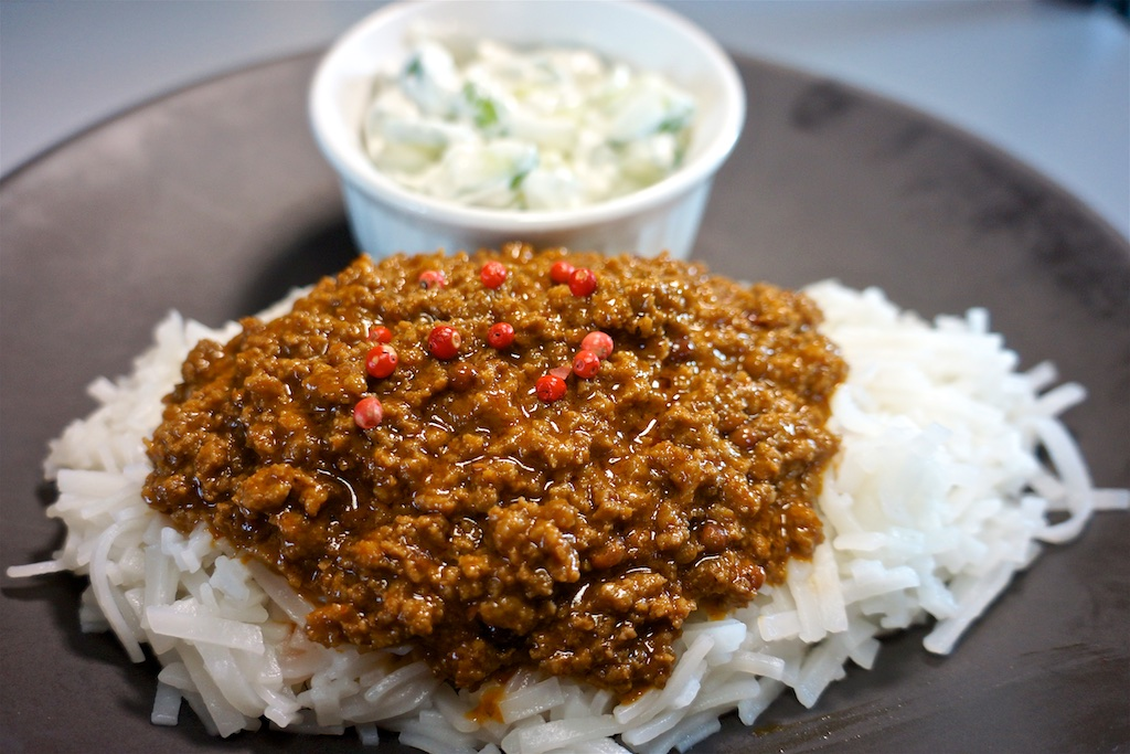 Jun 18: Country Deli; Red Curry and Pink Peppercorn Meat Sauce with Rice Noodles