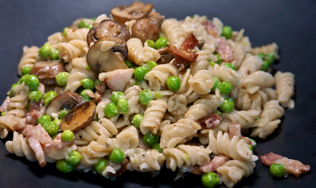 Sep 1: The Country Deli; Pasta with Mushrooms and Peas