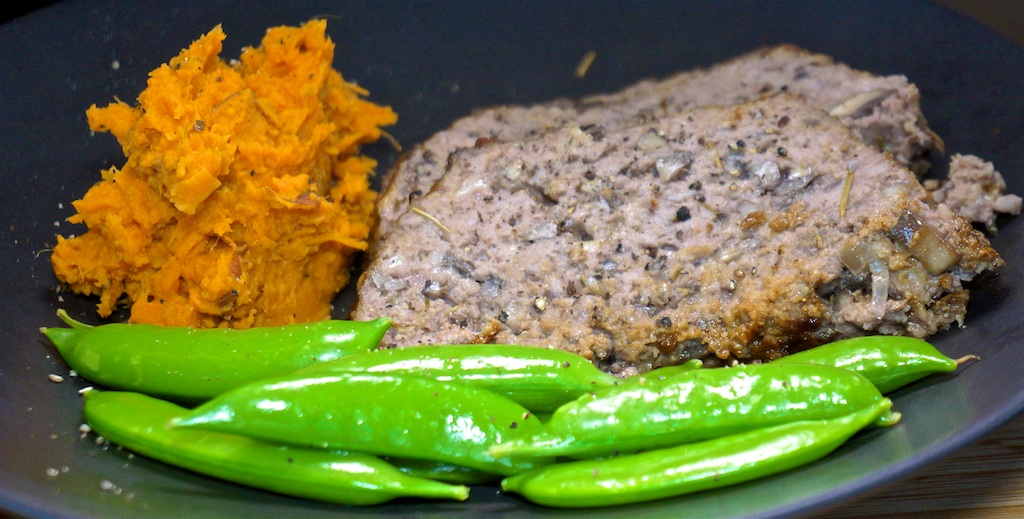 Aug 15: Cheddar & Apple, Corned Beef & Mustard Sandwiches; Mushroom and Red Wine Meatloaf with Mashed Sweet Potato and Sugar Snap Peas