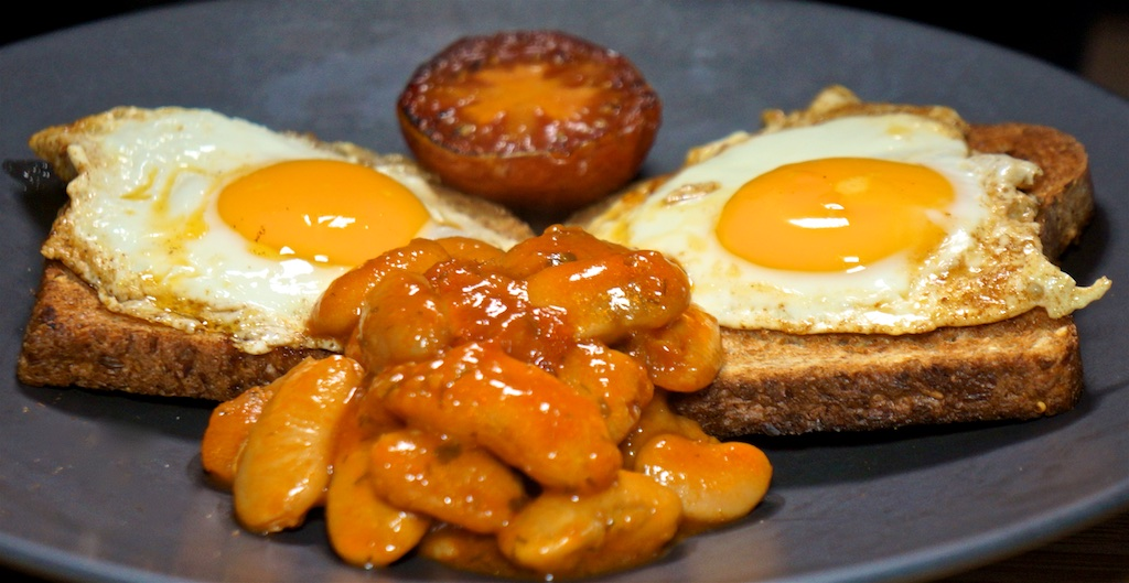 Aug 24: The Country Deli; Baked Beans on Toast with Fried Egg and Tomato