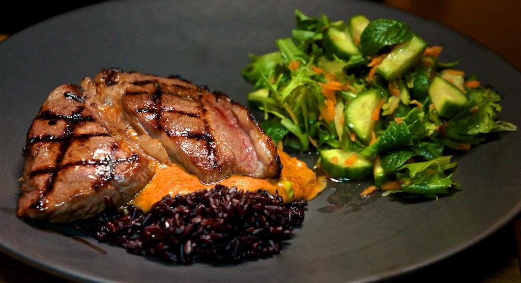 Feb 8: Kumato, Cheddar and Mayo, Ham & Gouda; Top Sirloin with Black Rice, Satay Sauce and Thai Salad