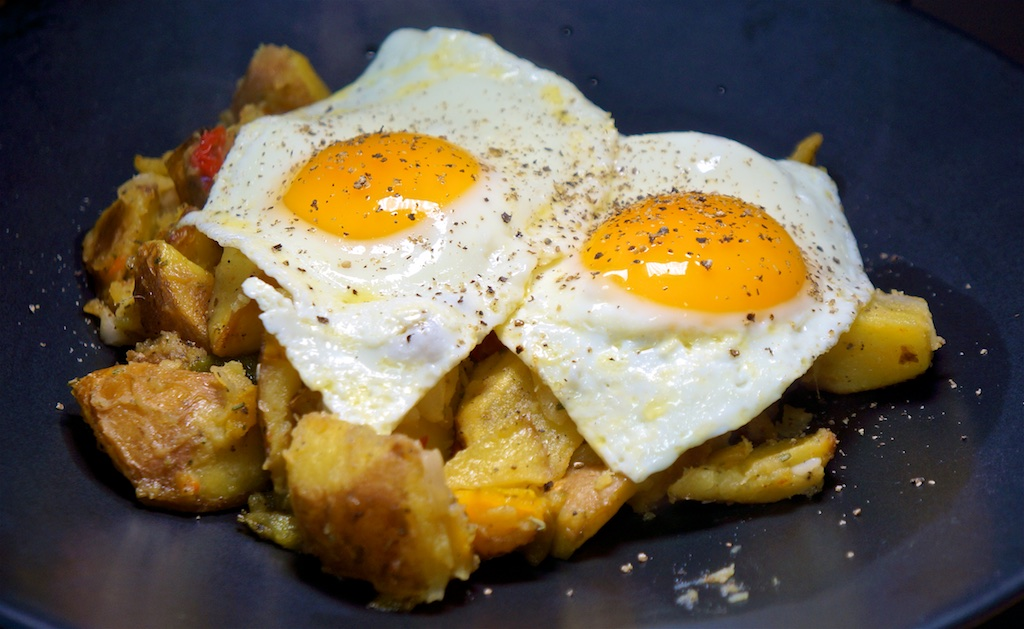 Mar 26: Avocado & Smoked Trout; Roasted Potatoes with Peppers and Onion and Fried Eggs