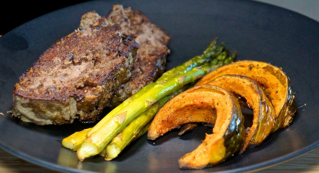 Apr 17: Split Pea Soup with Ham; Red Wine and Mushroom Meatloaf with Roast Kabocha Squash and Asparagus
