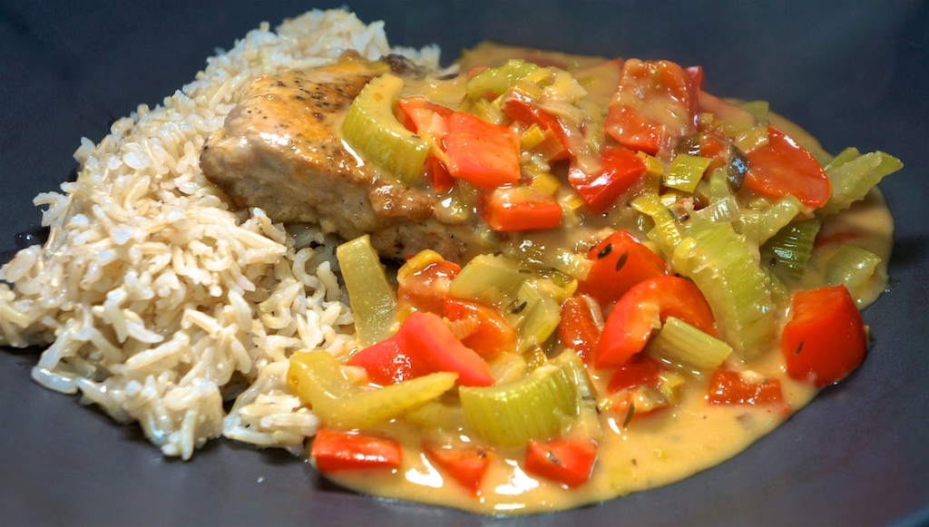 Apr 27: Chicken, Avocado, Tomato & Garlic Sandwich; Smothered Pork Chops with Brown Rice