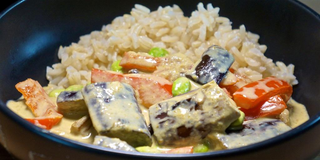Jun 23: Bahn Mi; Vegetarian Green Curry with Brown Rice