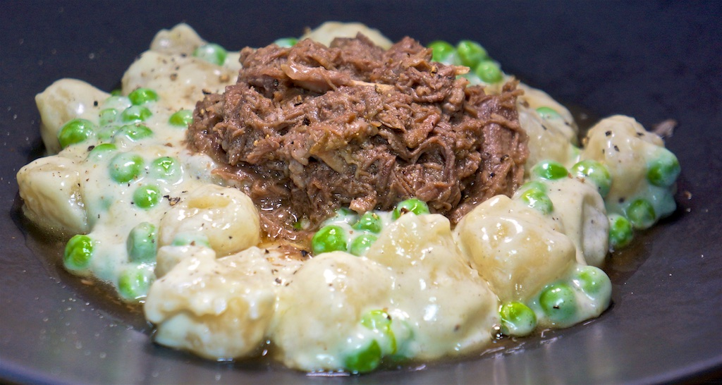 Aug 5: Ground Beef with Garlic, Spinach and More Eggs; Cauliflower Gnocchi in a Blue Cheese Sauce with Shredded Beef