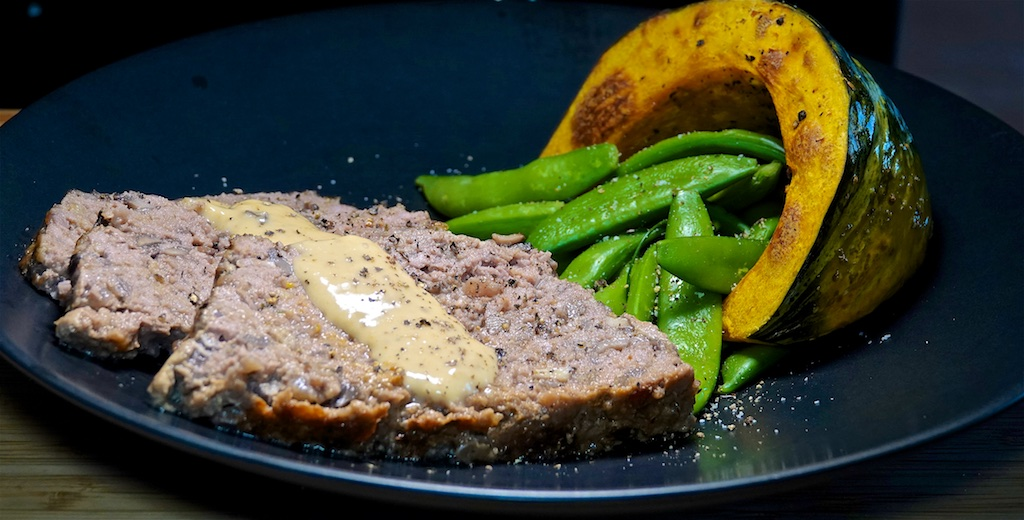 Oct 7: Sweet & Spicy Tuna Melt; Red Wine and Mushroom Meatloaf, Kabocha Squash and Sugar Snap Peas