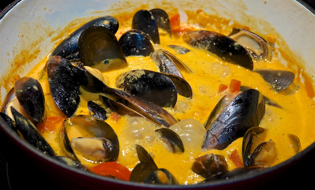 Feb 1: Trout & Avocado; Mussels in Coconut Red Curry