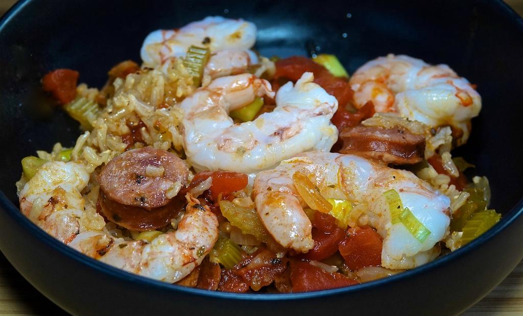Jun 15: BBQ Chicken, Heirloom Tomato in a Hot Panini Roll; Creole Style Jambalaya with Shrimp