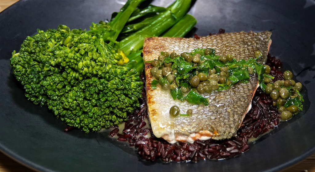 Aug 9: Skewers' Naan Pockets; Wild Caught Salmon on Black Rice with Piccata Sauce and Broccolini