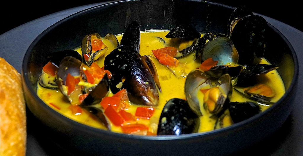Nov 1: French Onion Soup with Toasted Cheddar Sandwich; Coconut Curry Mussels