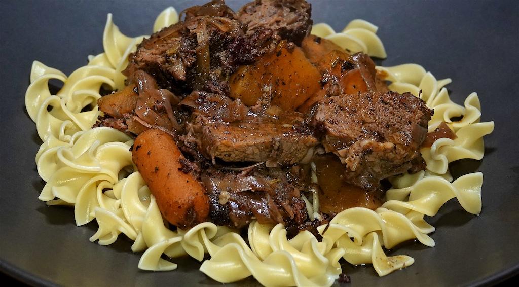 Jan 1: Skirt Steak Rolls with Caramelized Onion Cheddar and Kumato; Pot Roast over Egg Noodles