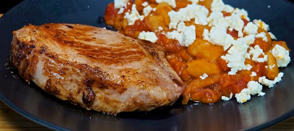 Apr 26: Garlic Naan with Tomato, Feta & Smoked Gouda; Pork Loin Chop with Giant Beans in Tomato Sauce