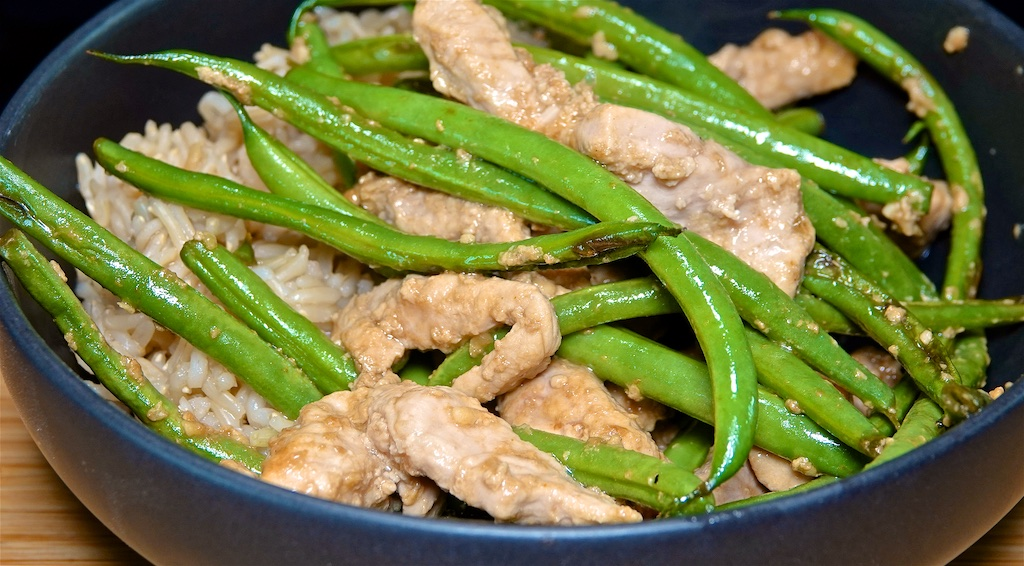 May 30: Smoked Trout & Avocado Sandwich; Stir-fry Pork with Green Beans and Brown Rice