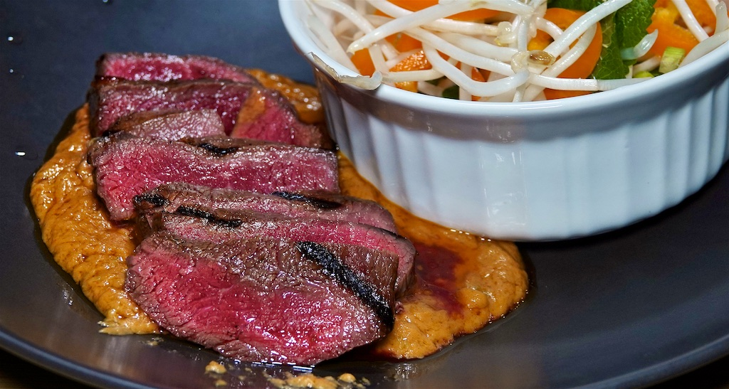 Oct 13: Ham & Coleslaw, Kumato & Smokey Cheddar; Marinated Top Sirloin with Peanut Butter 'Satay' Sauce served with a Sprout and Bell Pepper Salad