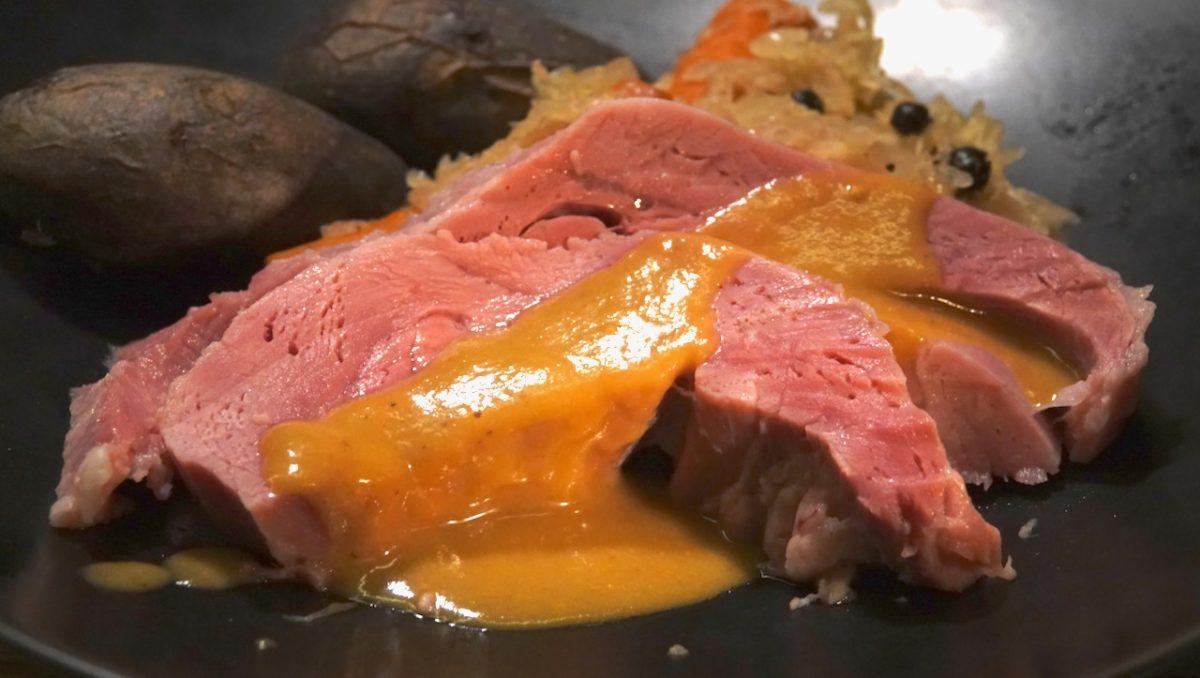 Jan 24: Apple & Delice de Bourgogne on a Brioche Bagel; Sous Vide Ham with Choucroute