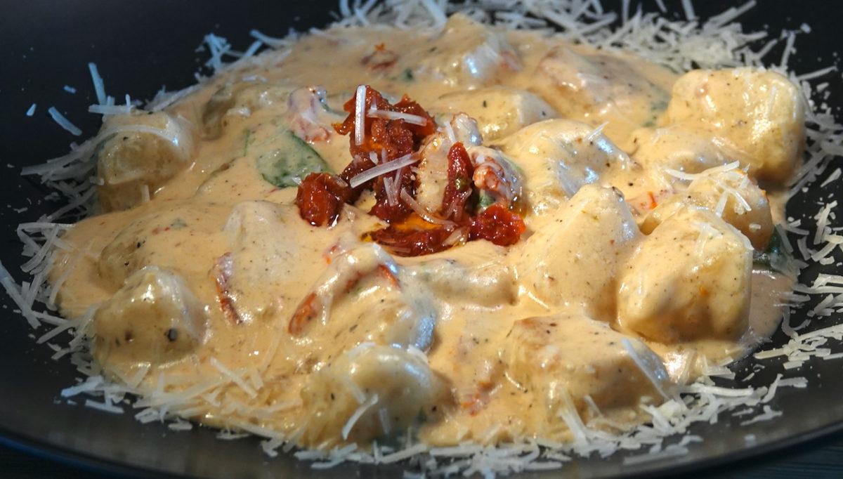 May 10: Egg Salad & Watercress, Leg Ham, Smokey Cheddar & Kumato; Cauliflower Gnocchi with Alfredo Sauce and Sun-dried Tomatoes