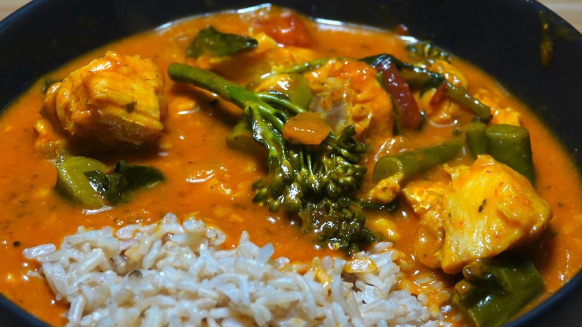 Sep 24: Cod Madras Curry with Broccolini and Brown Rice